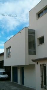 Progetto e D.L. per la ristrutturazione di edificio monofamiliare in Ferrara. (1999)