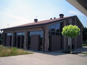 Progetto definitivo per il recupero tipologico di edificio rurale di mq. 240 da adibire a residenza unifamiliare. (2006)