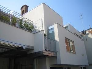 Progetto di ampliamento di edificio residenziale monofamiliare a Ferrara. (2010)