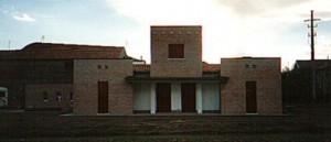 Progetto e D.L. per la costruzione di casa monofamiliare di mq.180 a Chiesuol del Fosso (FE).(1993)